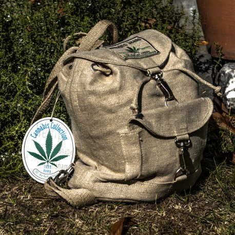 Rustic plastic free backpack made of 100% hemp - Unique