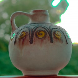 Clay jug 'True personality of an egg'